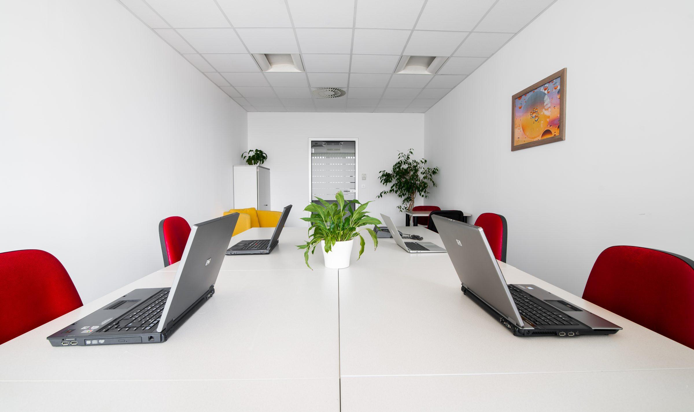 Oddajamo poslovne prostore